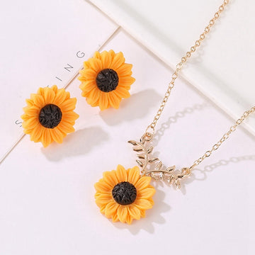 Sunflower Pendant Necklace Set