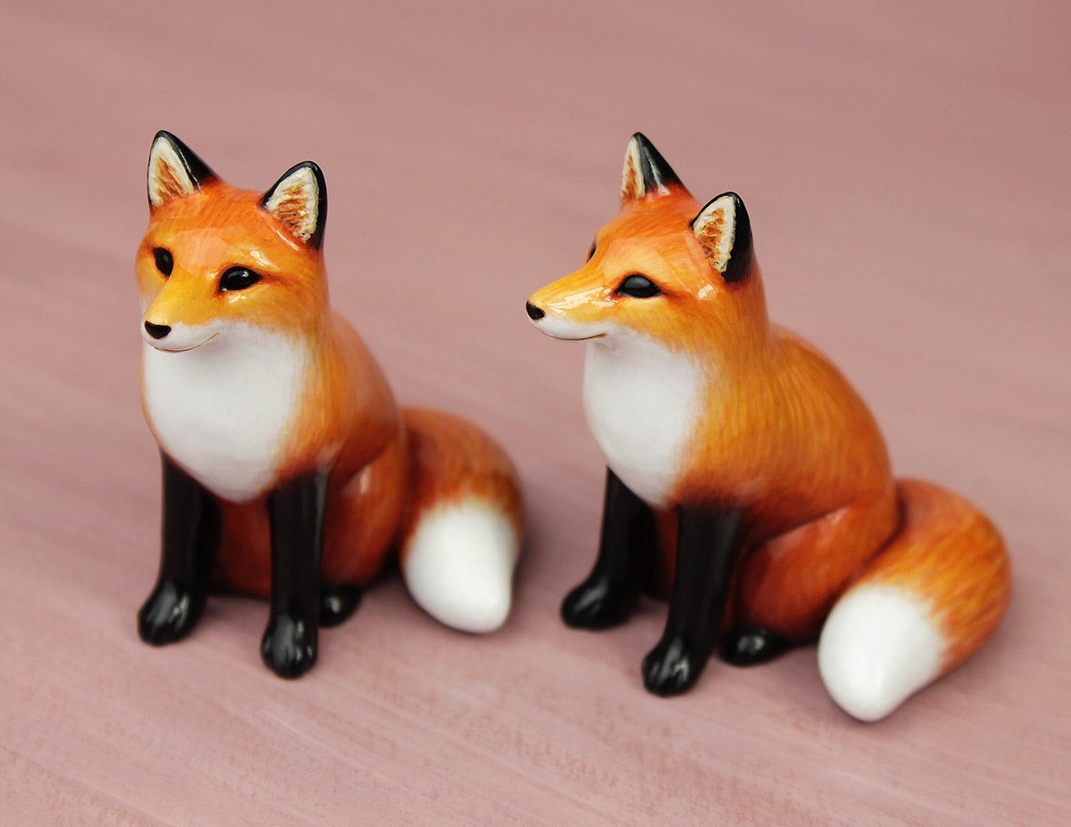sitting fox figurines