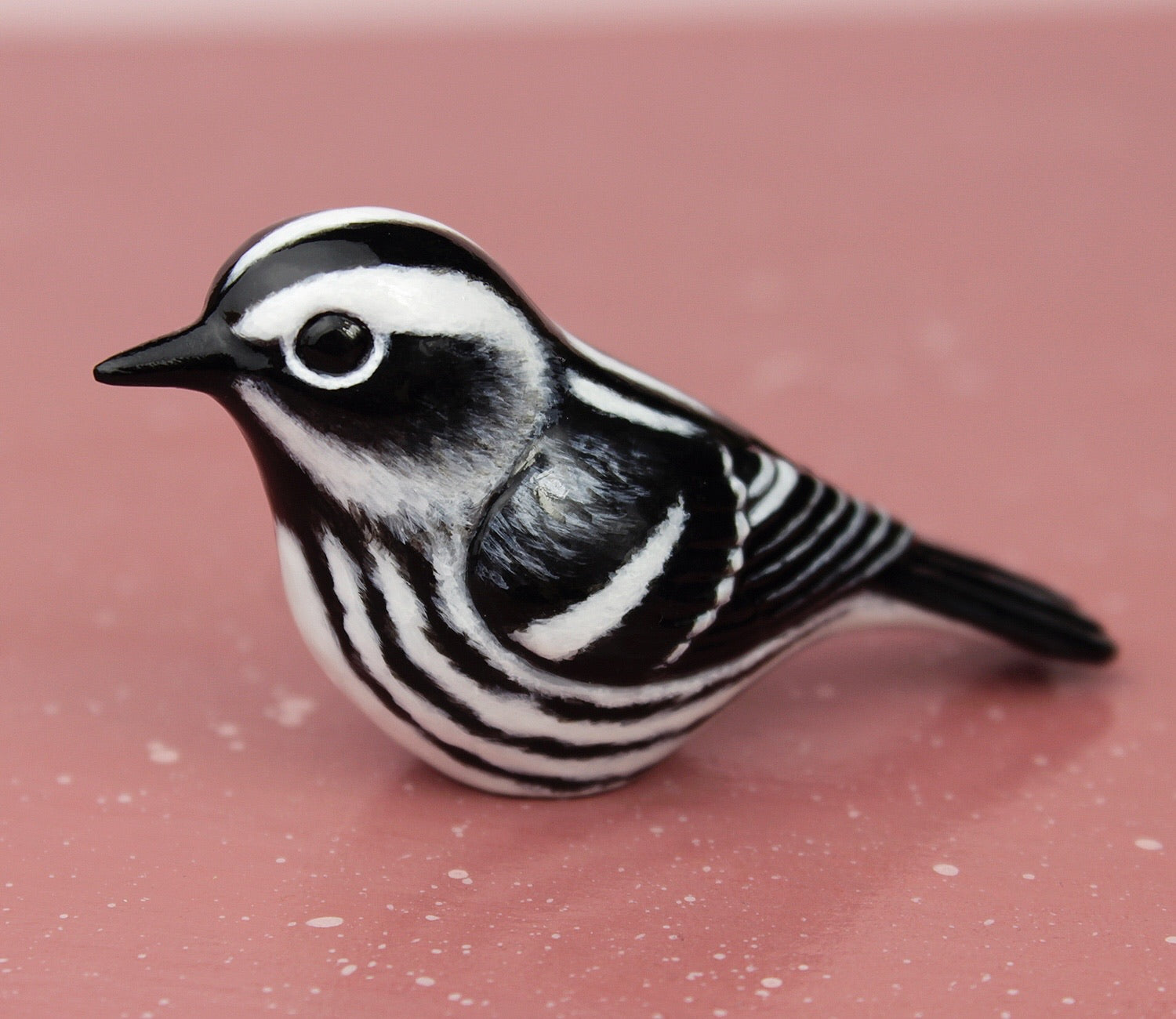Black and white warbler figurine