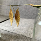 Shiny Wavy Textured Earring With Large Hook