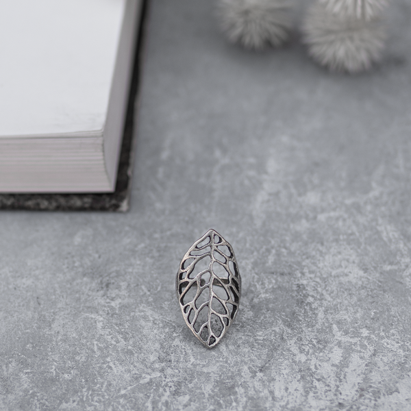 Cut out Leaf Finger Ring - Silver