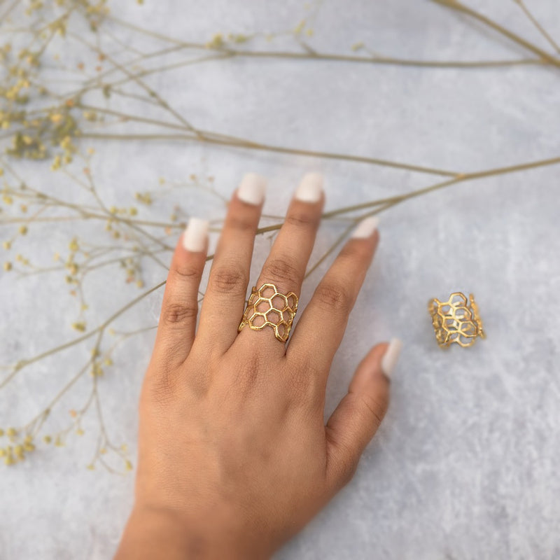 Honey Comb Finger Ring