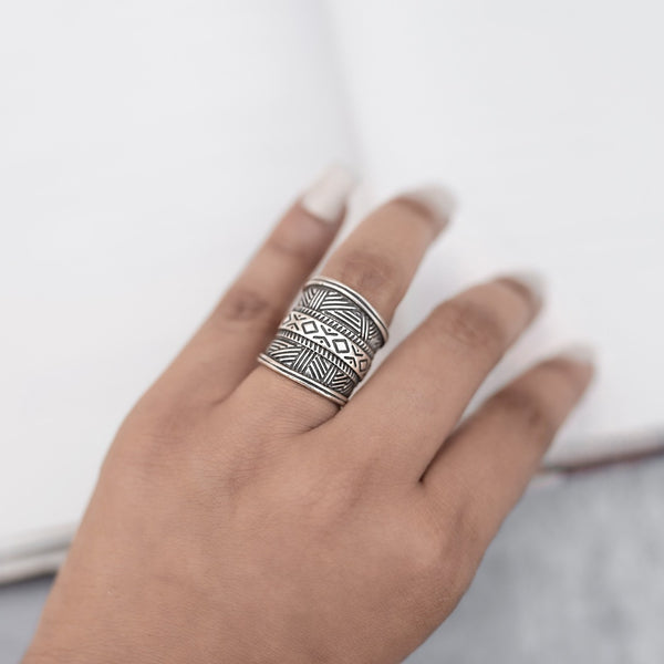 Solid Borderd Finger Ring