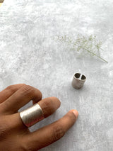Line textured Ring - Silver Tone