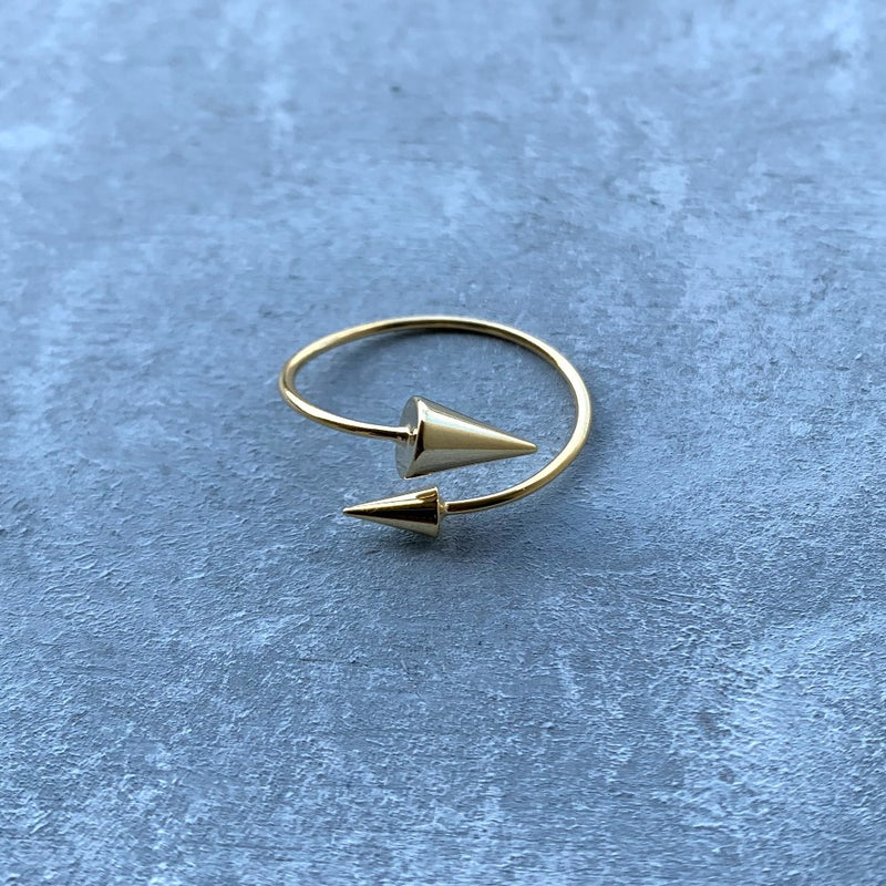Arrow Finger Ring