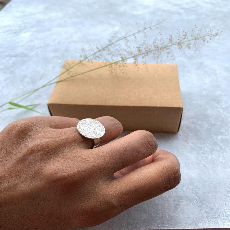 Hammered Disc Ring  silver tone