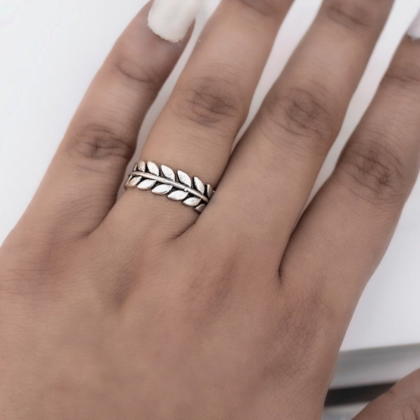 Silver Full Leaf Finger Ring
