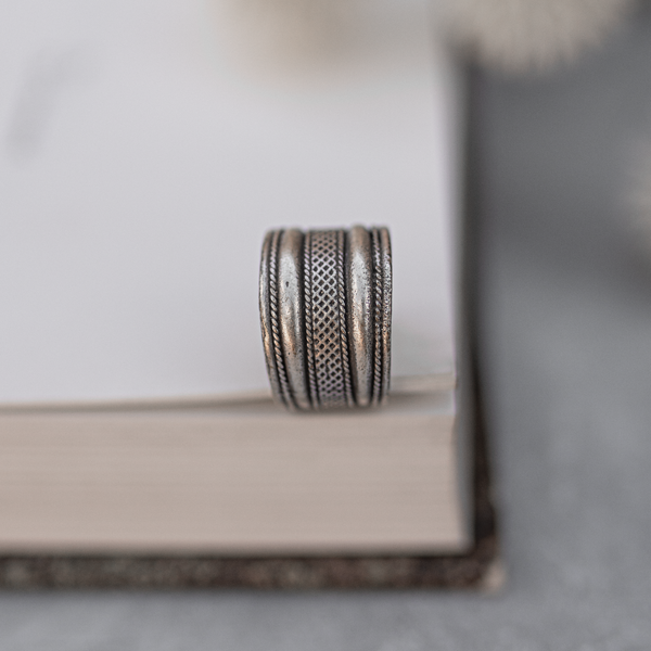 Solid Double Layered Finger Ring
