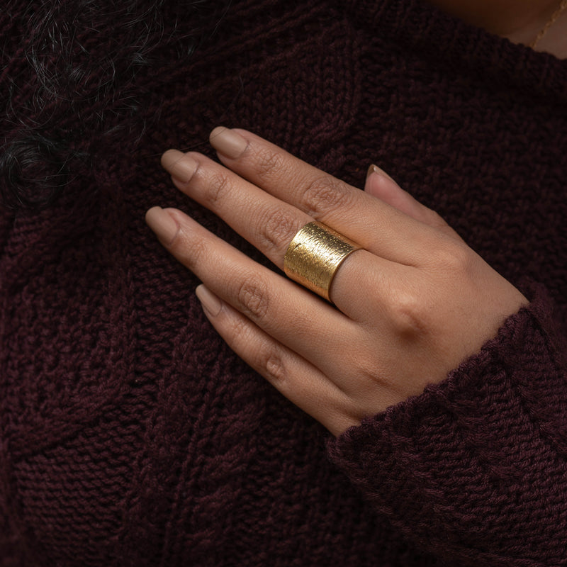 Textured Cylindrical Finger Rings