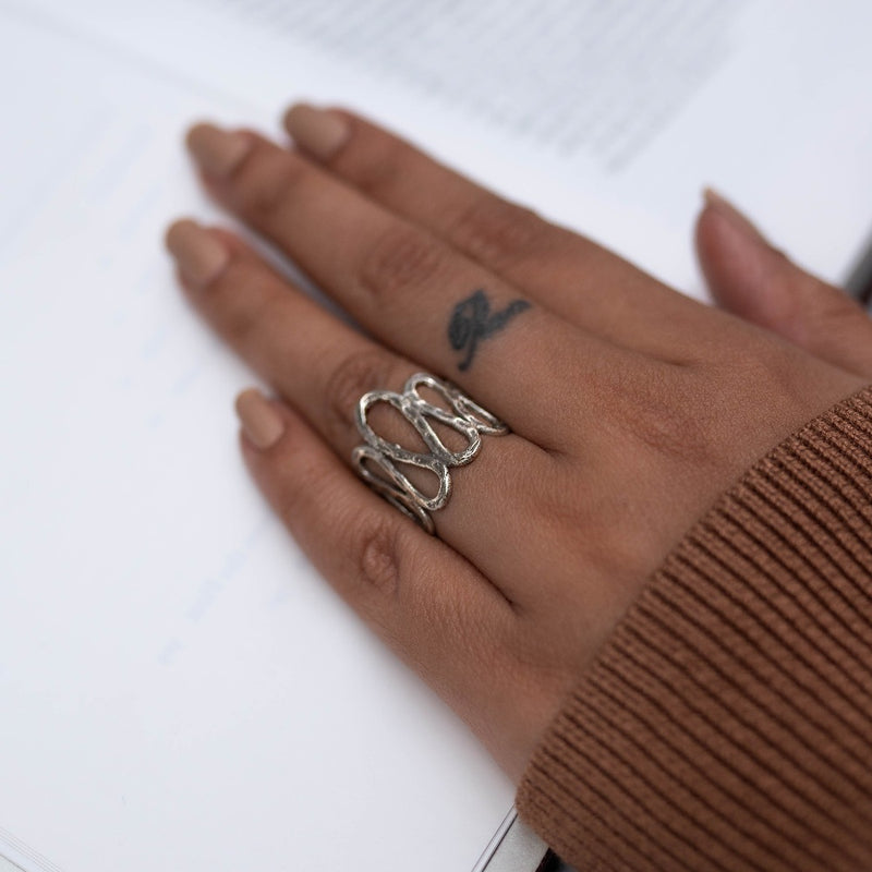 Wavy Pattern Finger Rings