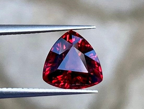100% Natural Orangish Red Spessartite Garnet, 2.93 CT, VVS, 8.7x8.4mm, Trillion Cut, Natural Orangish Red Color. Super Gorgeous Gemstone.