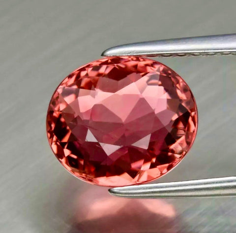 Top 2.49 CT Padparadscha Tourmaline, Vs VVS eye clean, Padparadscha Color, Oval Cut Gemstone