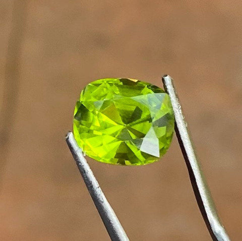 5.3 CT Peridot, IF Flawless, Bright Green Color, Cushion Cut Gemstone From Pakistan