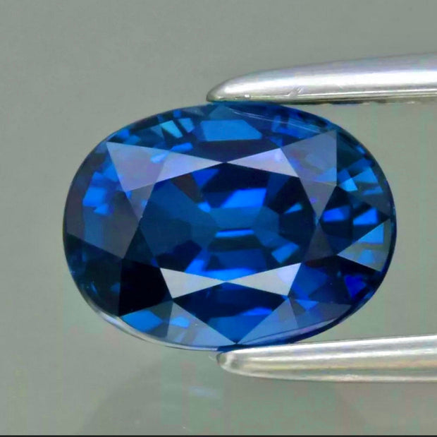 Stunning 1.14 CT Blue Sapphire, IF Flawless, Heated Only, Oval Cut Gemstones.