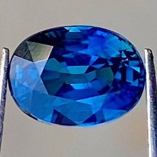 1.14 CT Blue Sapphire, VVS Eye Clean, Heated Only, Oval Cut Brilliant Gemstone.
