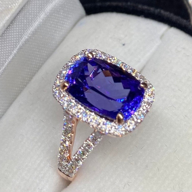 5.5 TCW GIA Certified Tanzanite 14K Rose Gold Diamond Ring, Flawless Clarity, Bluish Violet Colors, Perfect engagement ring.