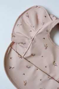 Posey | Snuggle Bib Waterproof