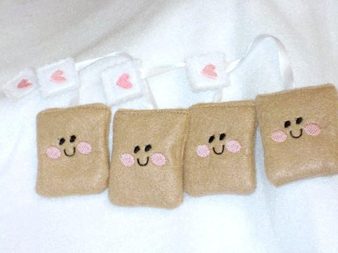 Smiley face tea bags set of 4 special tea parites