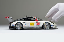 Load image into Gallery viewer, Porsche 911 RSR (2016) - 1:18