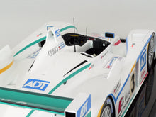 Load image into Gallery viewer, Audi R8 - 2005 Le Mans Winner - 1:8