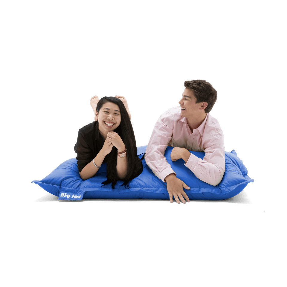Sapphire Original Bean Bag with Models Laying Down 0640614