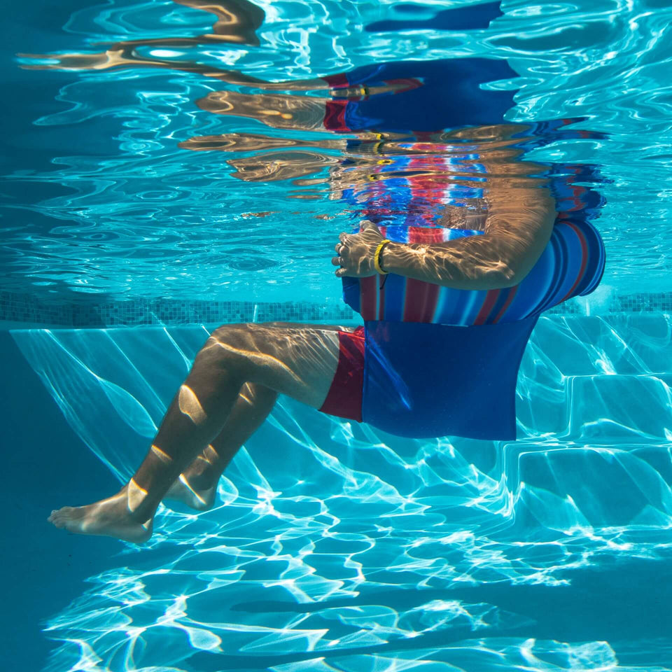Blurred Americana Noodle Sling Pool Float Underwater View 2045759