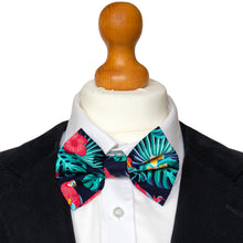 Load image into Gallery viewer, Mr Grant Bow Tie Set