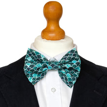 Load image into Gallery viewer, Mr Williams Bow Tie Set