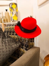 Load image into Gallery viewer, Red Felt Ladies Hat