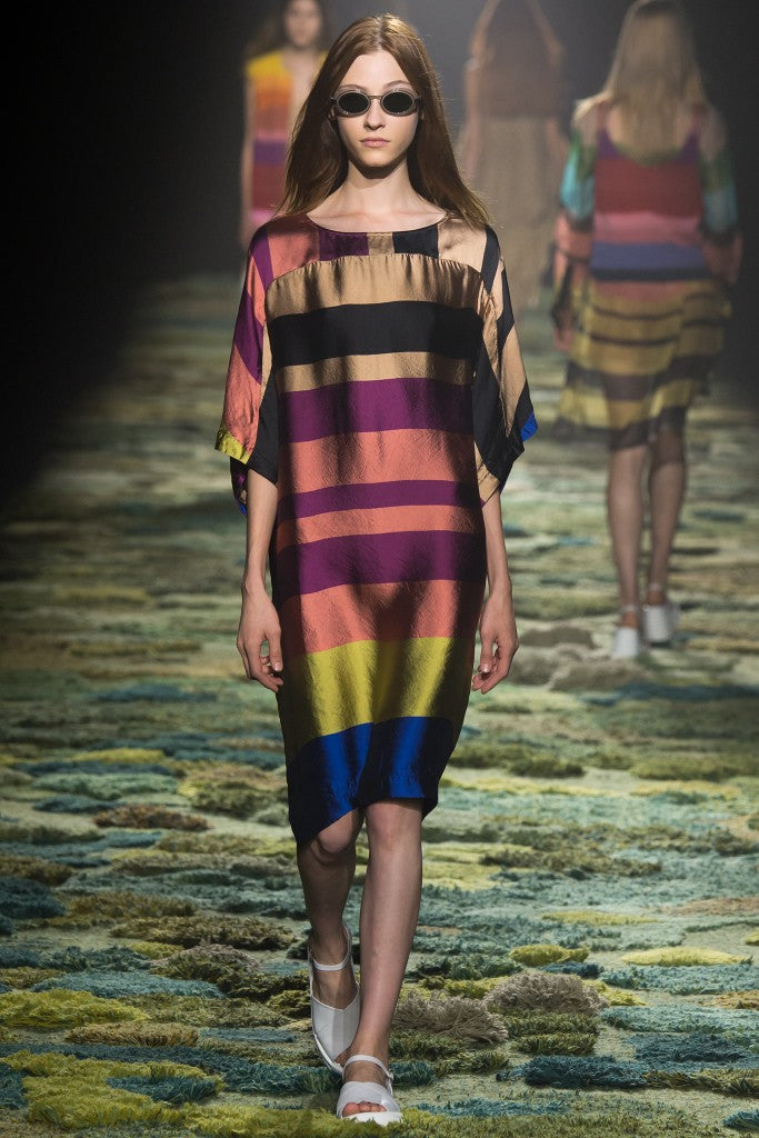 Look 6 of 59 Dries Van Noten Spring 2015 RTW