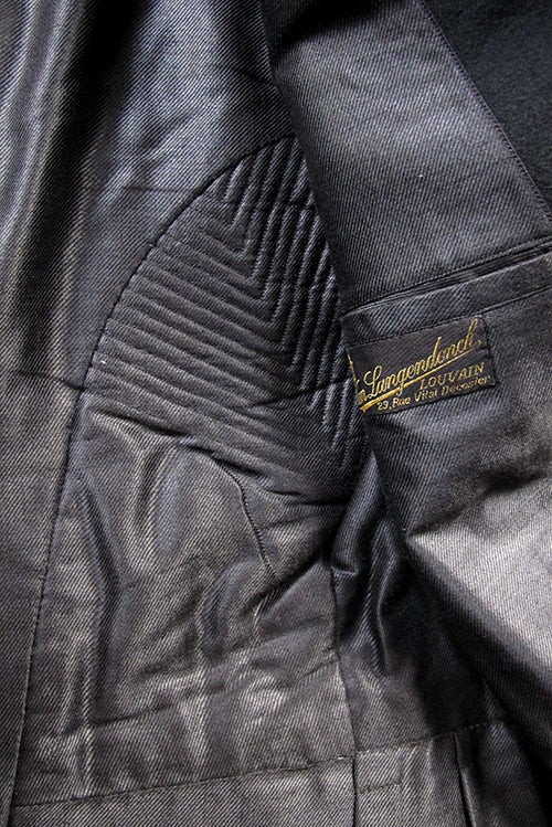 men's dress coat lining  quilted details and label