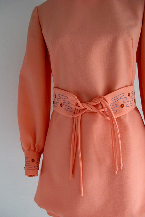 seventies vintage coral shorts and tunik combo belt details