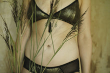 Afbeelding in Gallery-weergave laden, Midnight Hour triangle bralette