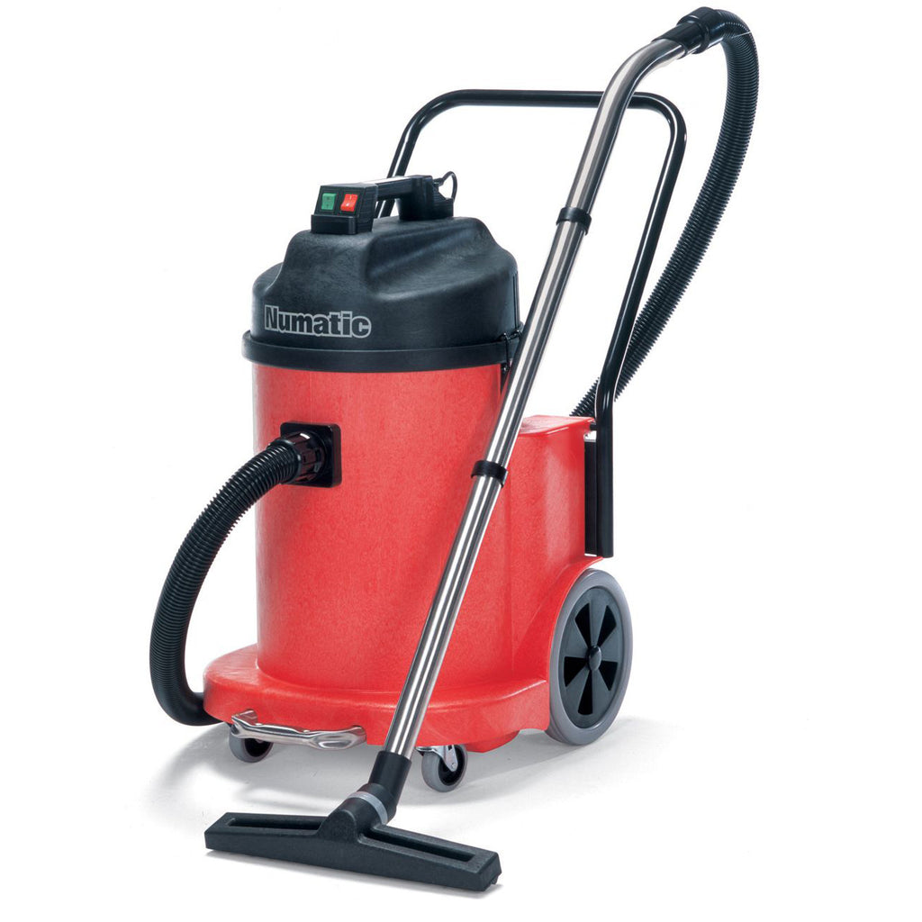 Vacuum Cleaner (wet / dry pickup)