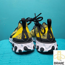 Load image into Gallery viewer,  Nike React Element Yellow SnakeSkin Size 6 in Women's New without box