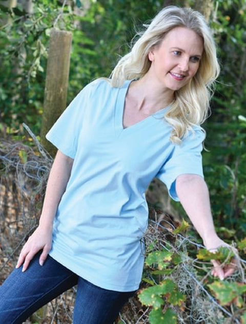 Mint V-Neck With Vera Cambridge On White Twill - JennaBenna Sorority