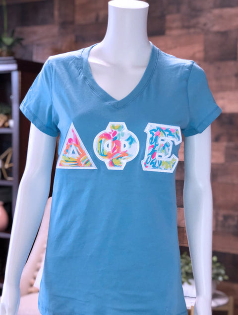 Ocean  Slim V Neck With Lilly Loves Coral On White Twill - JennaBenna Sorority