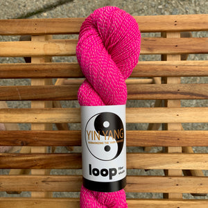 Loop Fiber Studio Yin Yang Fingering in Kiss