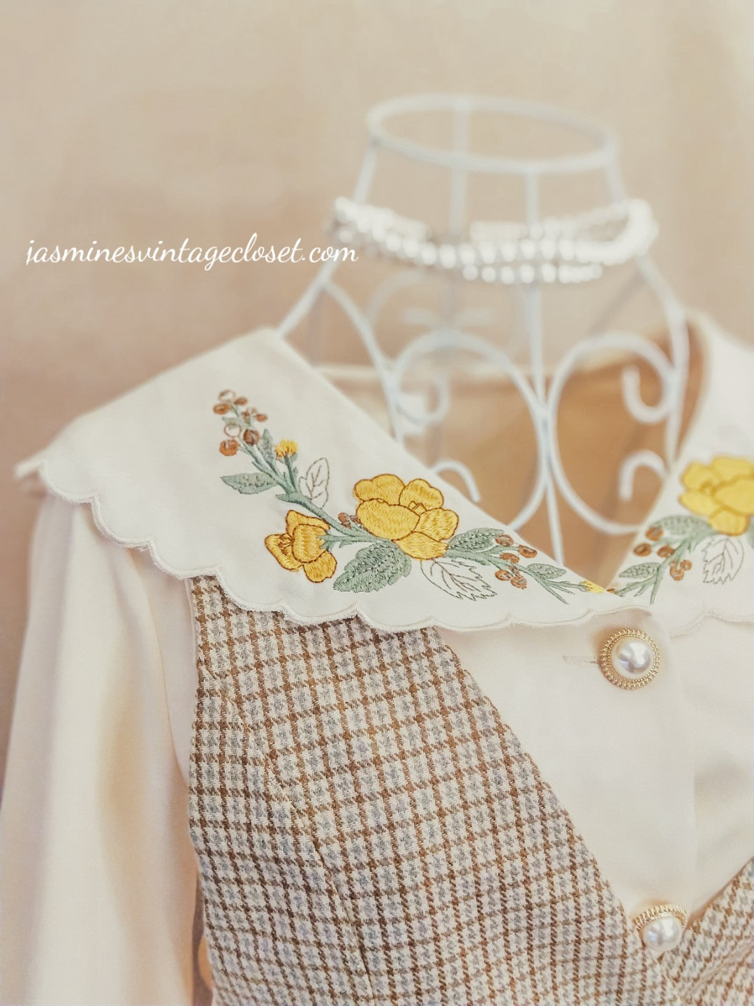 Khaki overalls+ embroidered blouse set