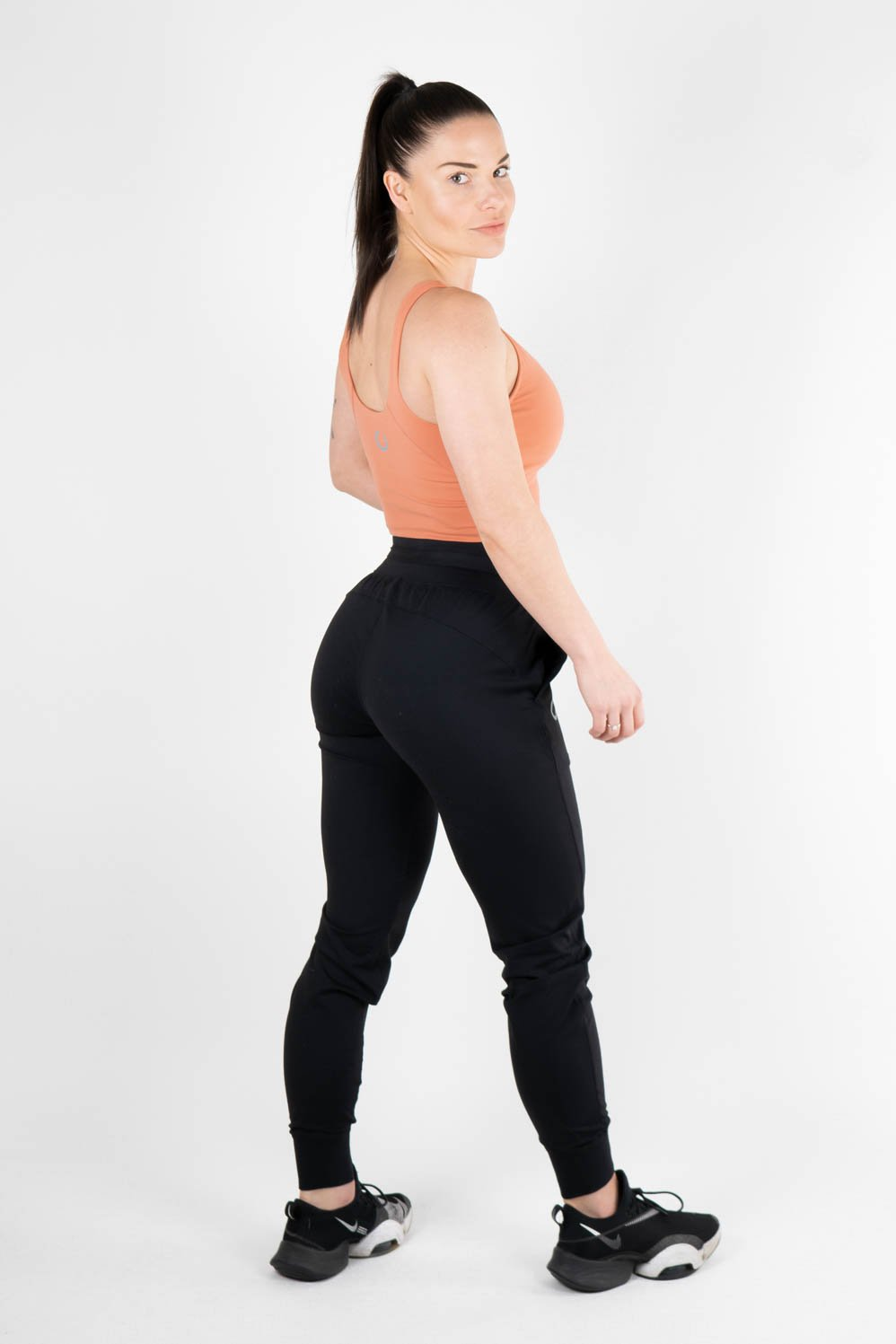 Oria Jogger Black - Own-Wear