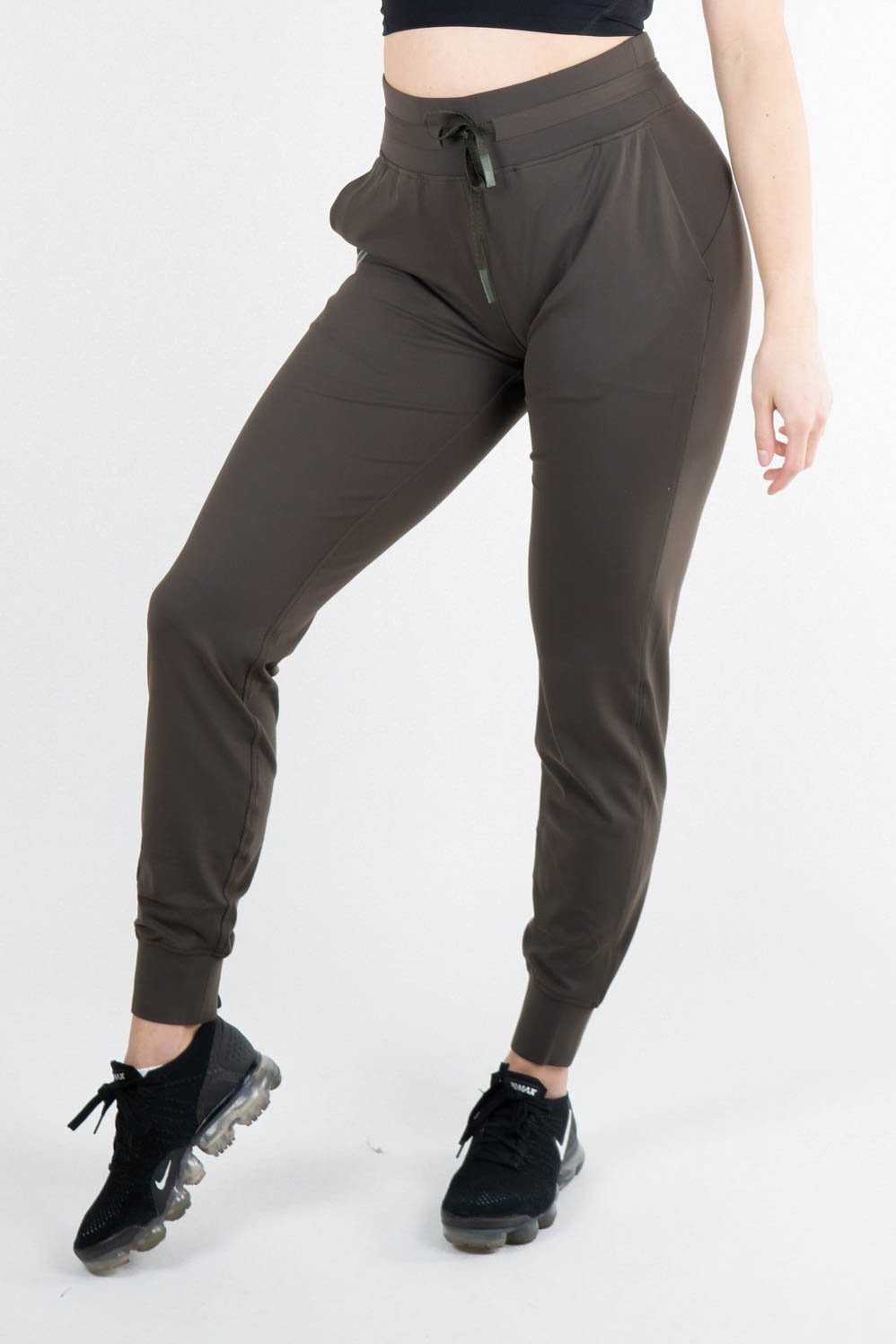 Oria Jogger Dark Olive - Own-Wear