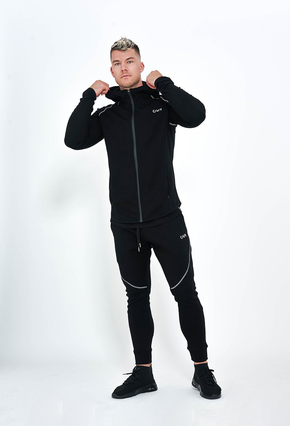 ONIX ZIP-UP HOODIE BLACK - Own-Wear