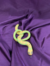 Load image into Gallery viewer, SNAKE no. 15 (Chartreuse Speckle)