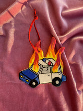 Load image into Gallery viewer, ORNAMENT - Burning Cop Car