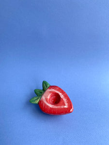 SMOKEABLE SCULPTURE - Strawberry Half