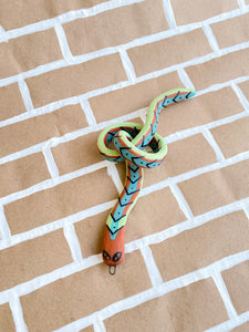 SNAKE no. 16 (Arrow Knot)