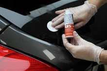 Load image into Gallery viewer, Gtechniq G5 Water Repellent Coating for Glass and Perspex 100ml - Maximum Repellency, 3 to 6 Months Durability, Beads Water, Removes Contaminants - Perfect for Car Windows, Marine Glass