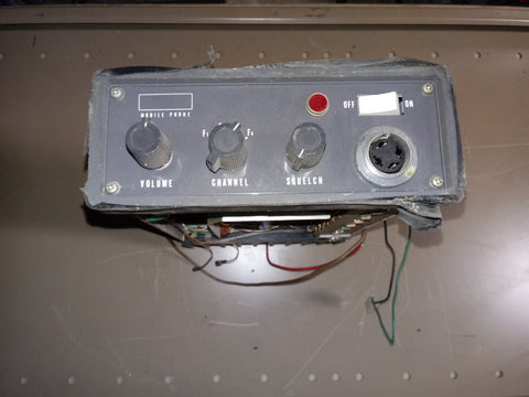 ELECTRICAL BROKEN KNOB SWITCH WIRES PANEL SINGLE UNIT