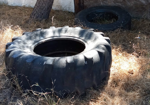 MEDIUM CROSSFIT WORKOUT MILITARY CONSTRUCTION TIRES BLACK SINGLE UNIT