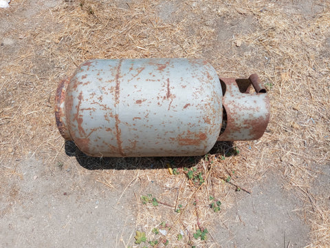 MEDIUM GREY PROPANE TANK WITH HANDLE SINGLE UNIT
